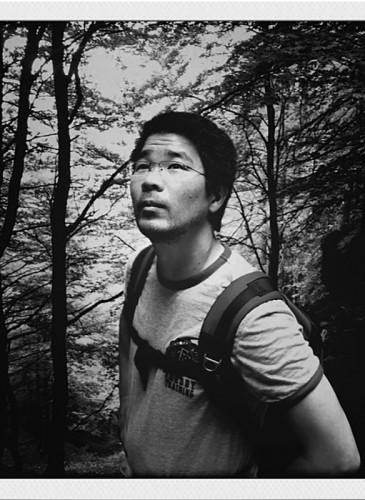 PORTRAIT  NB TAKUMI NARIYOSHI pas de photo atelier-BD