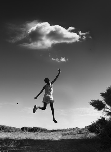 Adeline Spengler THEJUMP TOUCH THE SKY 70x70cm 2013 photographie -BD