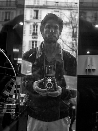 Autoportrait- Paris Artiste jimmy sarranBD